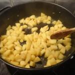 Pommes caramélisées au rhum et caramel